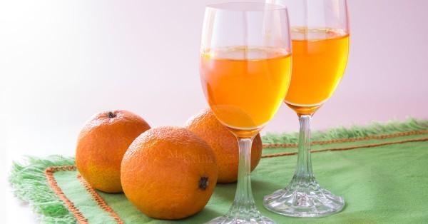 Liquore al mandarino o mandarinetto