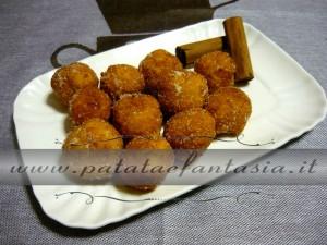palline-dolci-di-patate-dolce-con-patate-dolce-fatto-di-patate-04