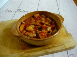 Fagioli in umido con patate