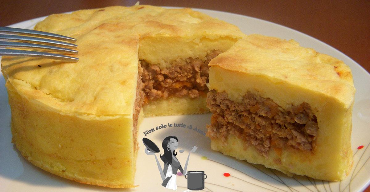 Rag bianco in crosta di patate non solo le torte di for Ricette di cucina particolari