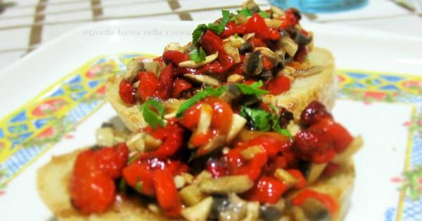 Stuzzichini di champignon e peperone