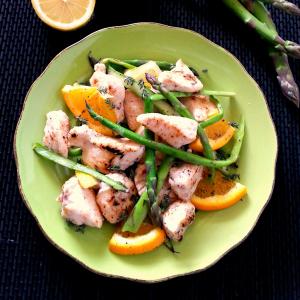 Cartoccio di pollo con asparagi e miele