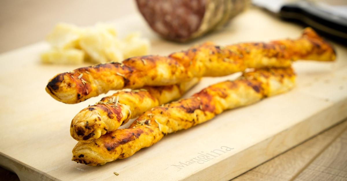 Grissini di sfoglia al pomodoro food italian cooking for Antipasti ricette italiane