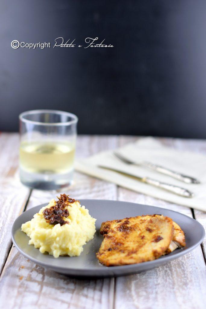Arista di maiale in pentola con purea di patate