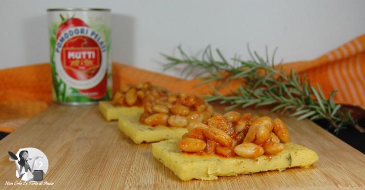 Bocconcini di polenta con fagioli stufati