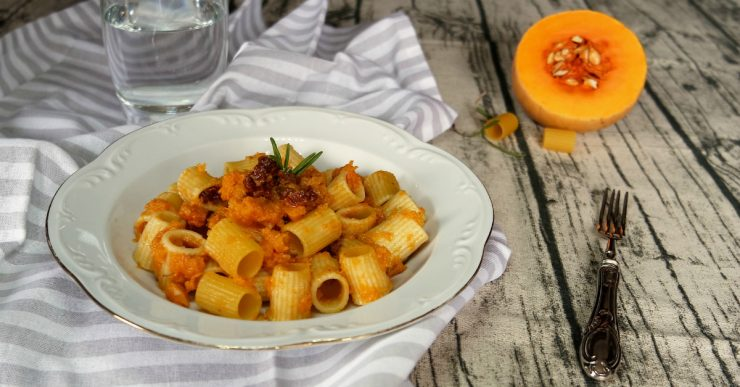 pasta-zucca-pomodori-secchi